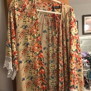 Tops - Kimono! Perfect for spring!